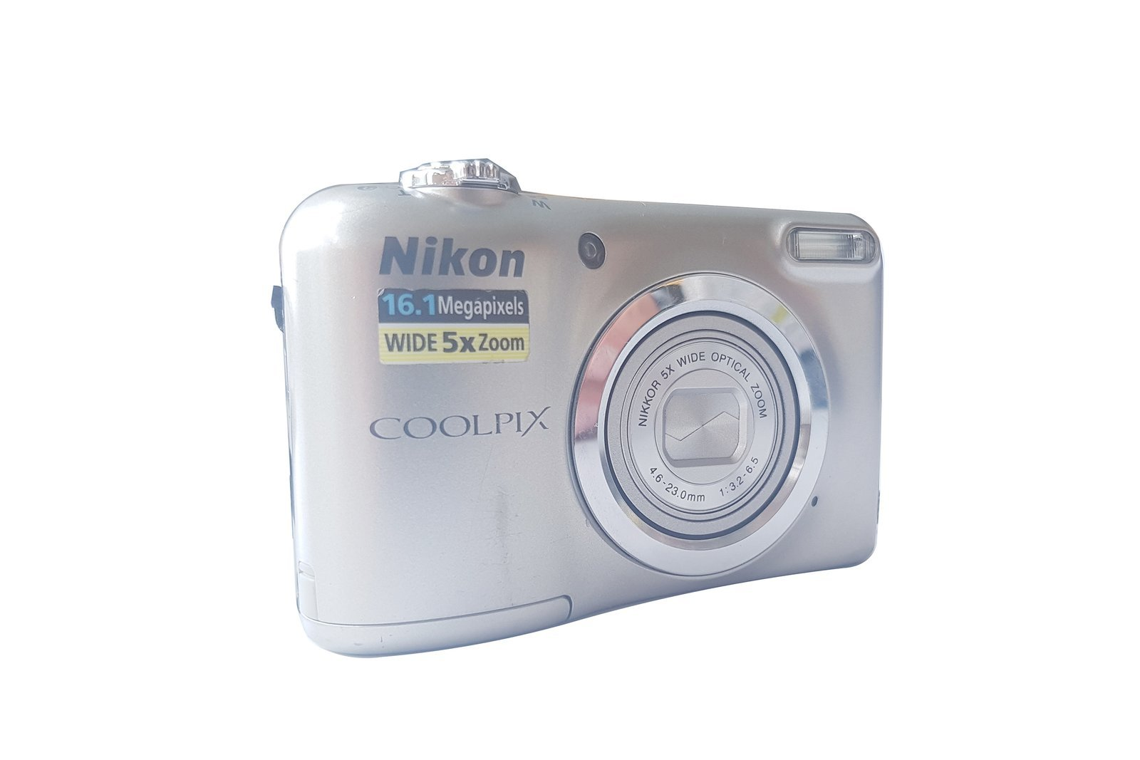 Digital camera Nikon Coolpix A10 Damaged