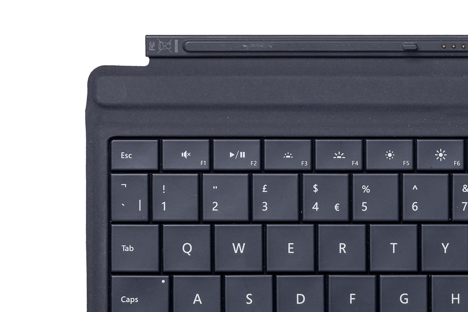 Keyboard Microsoft Surface Type Cover 3 Black QWERTY (UK105) Grade B
