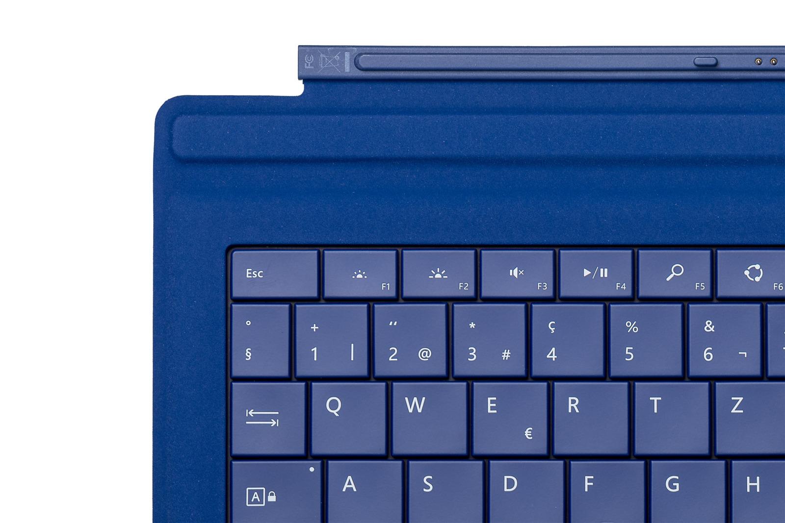 Keyboard Microsoft Surface Type Cover Pro 3 Dark blue QWERTZ (Swiss) Grade A